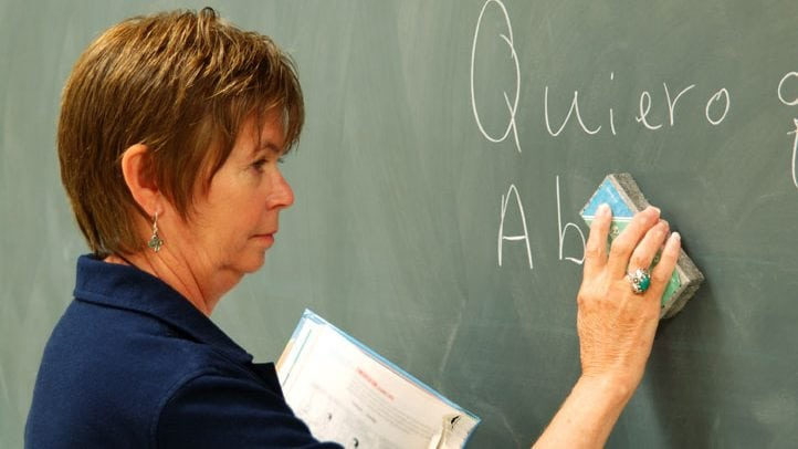 """""""Professeur des écoles, je suis en reconversion professionnelle""""."""