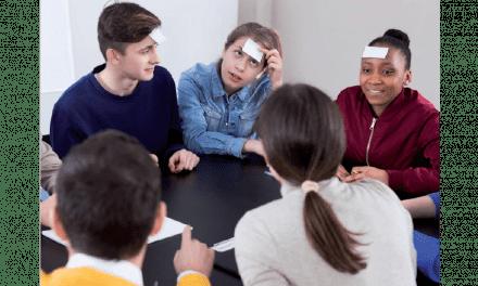 Jouer pour apprendre, une introduction au travail en groupe